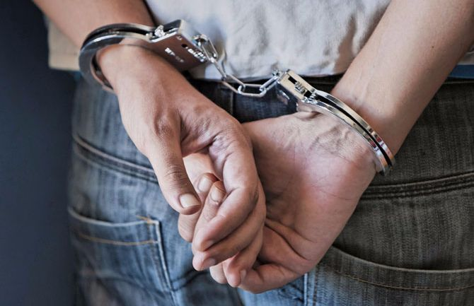 Thief arrested in just 1 hour