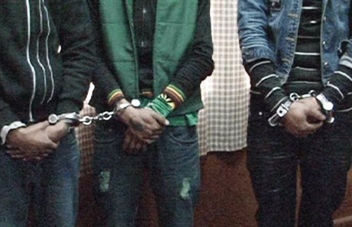 Chain snatch gang arrested