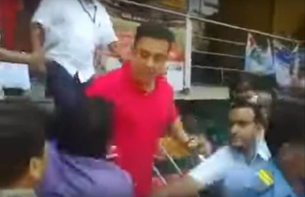 Kamal hasan slaped his fan