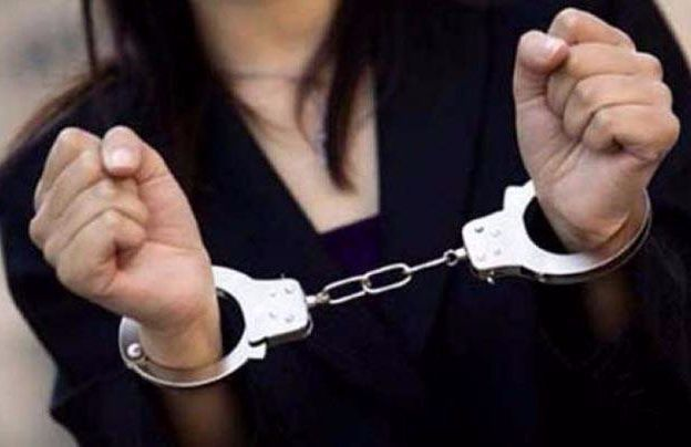 2 women Thieves Detained
