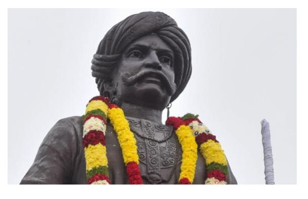 Disgusted with the Kempegowda statue
